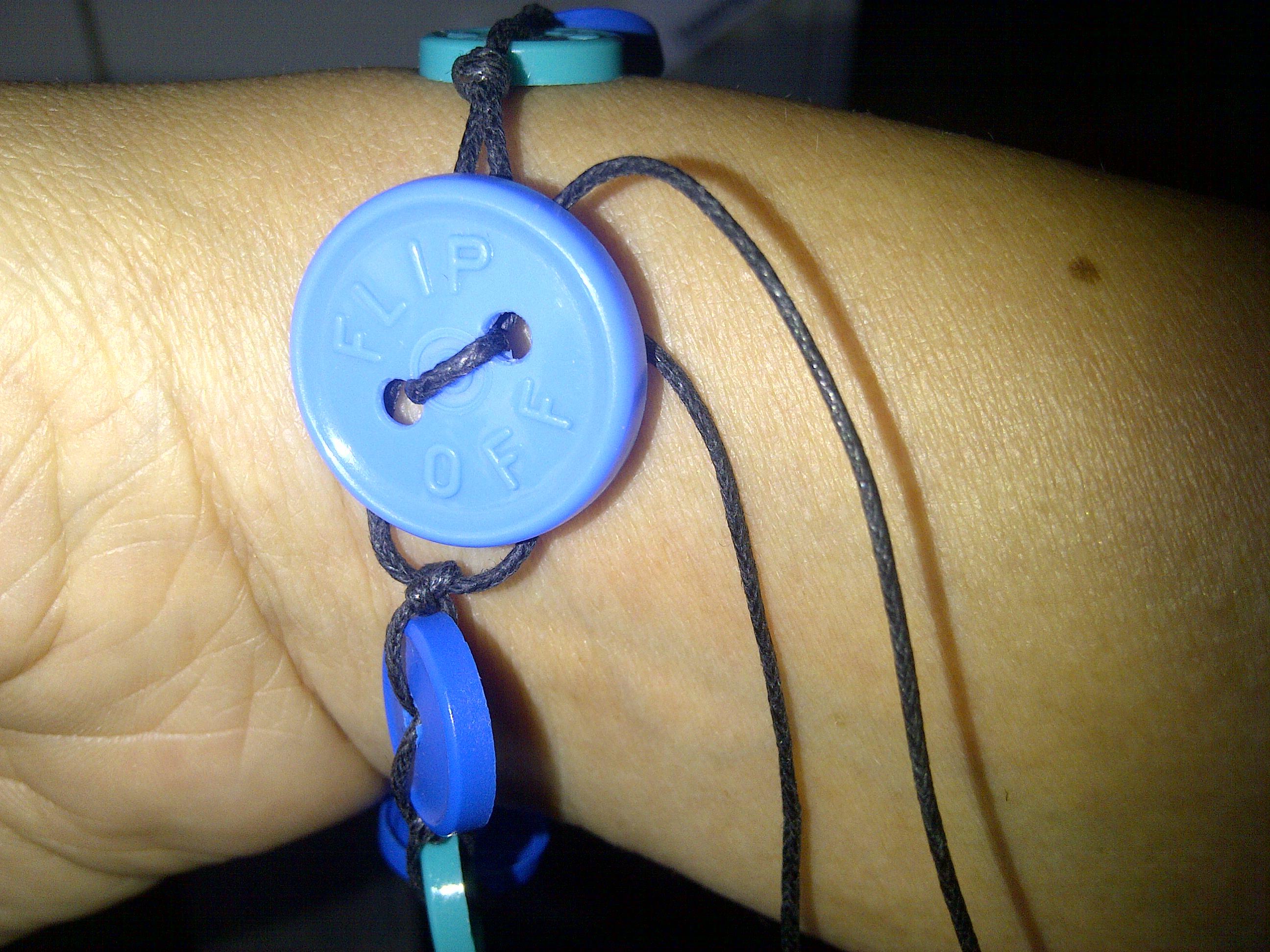 Injection cap bracelet 2