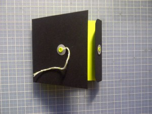 Post-it note holder open